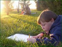 kid_sketching